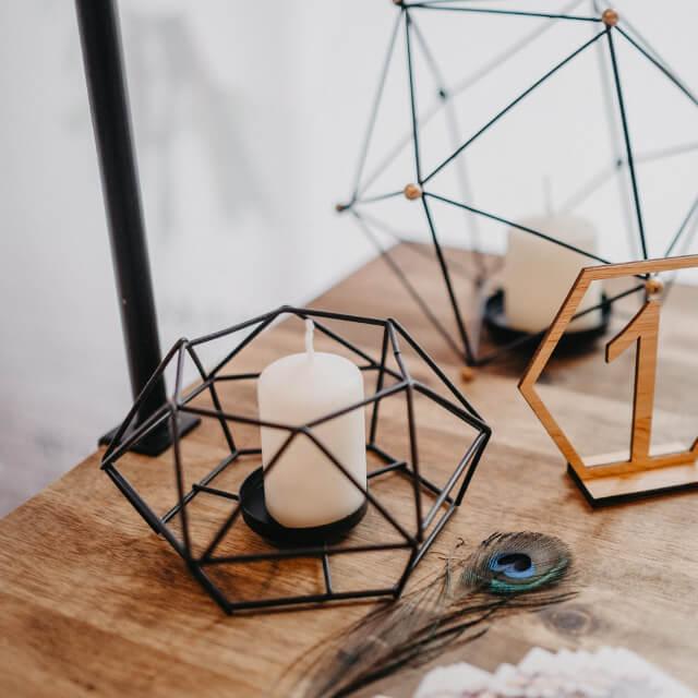 Geometrische_Kerzenständer_schwarz